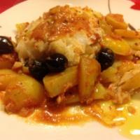 Merluzzo con patate e olive nere
